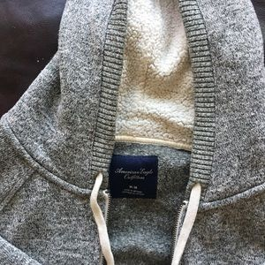 American Eagle Outfitters Tops - American Eagle Zip-up Sweatshirt
